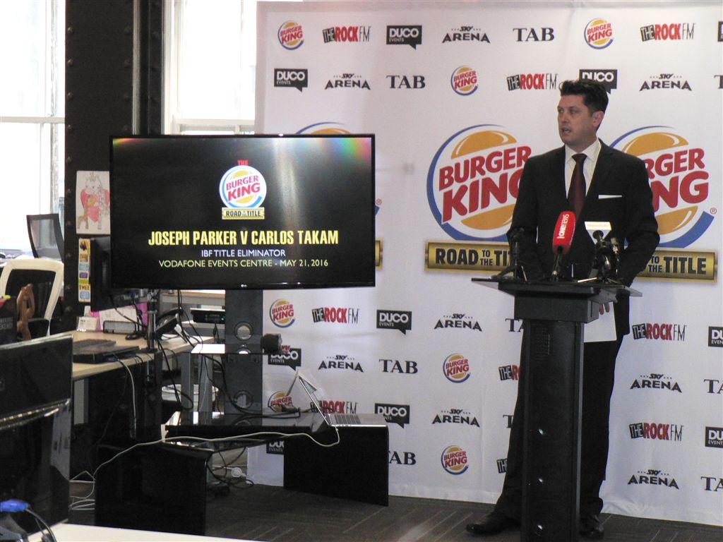 parker-vs-takam-presss-conference27